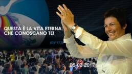 Essere CRISTIANI vuol dire vivere la GLORIA di Dio! - Chiara Amirante sorride e applaude al cielo, Giornata di Spiritualità con don Davide Banzato